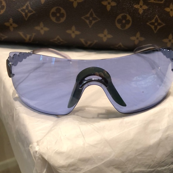 8a496e9a199 Dior Accessories - Gorgeous Dior Sunglasses